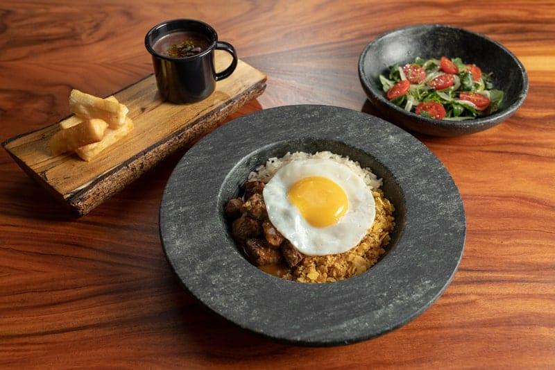 Almoço - Nomaa Hotel